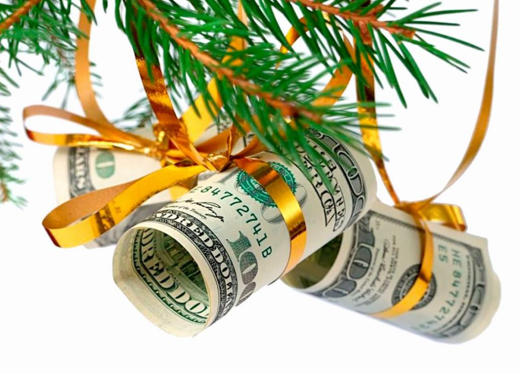 Деньги на елке