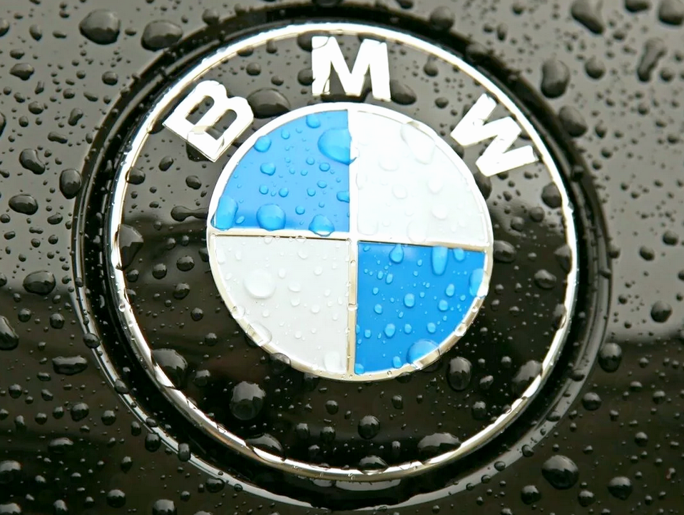 BMW лого машины
