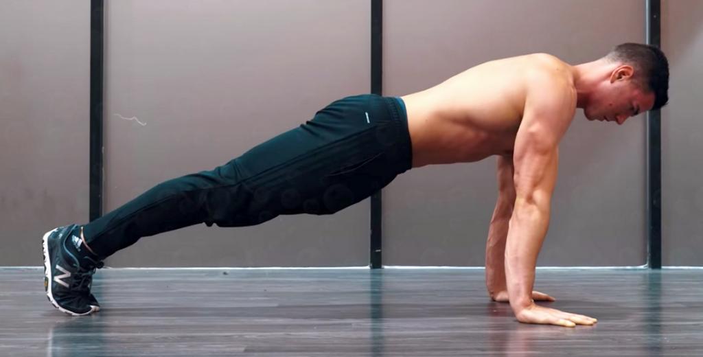 Как накачать руки без железа отжимания