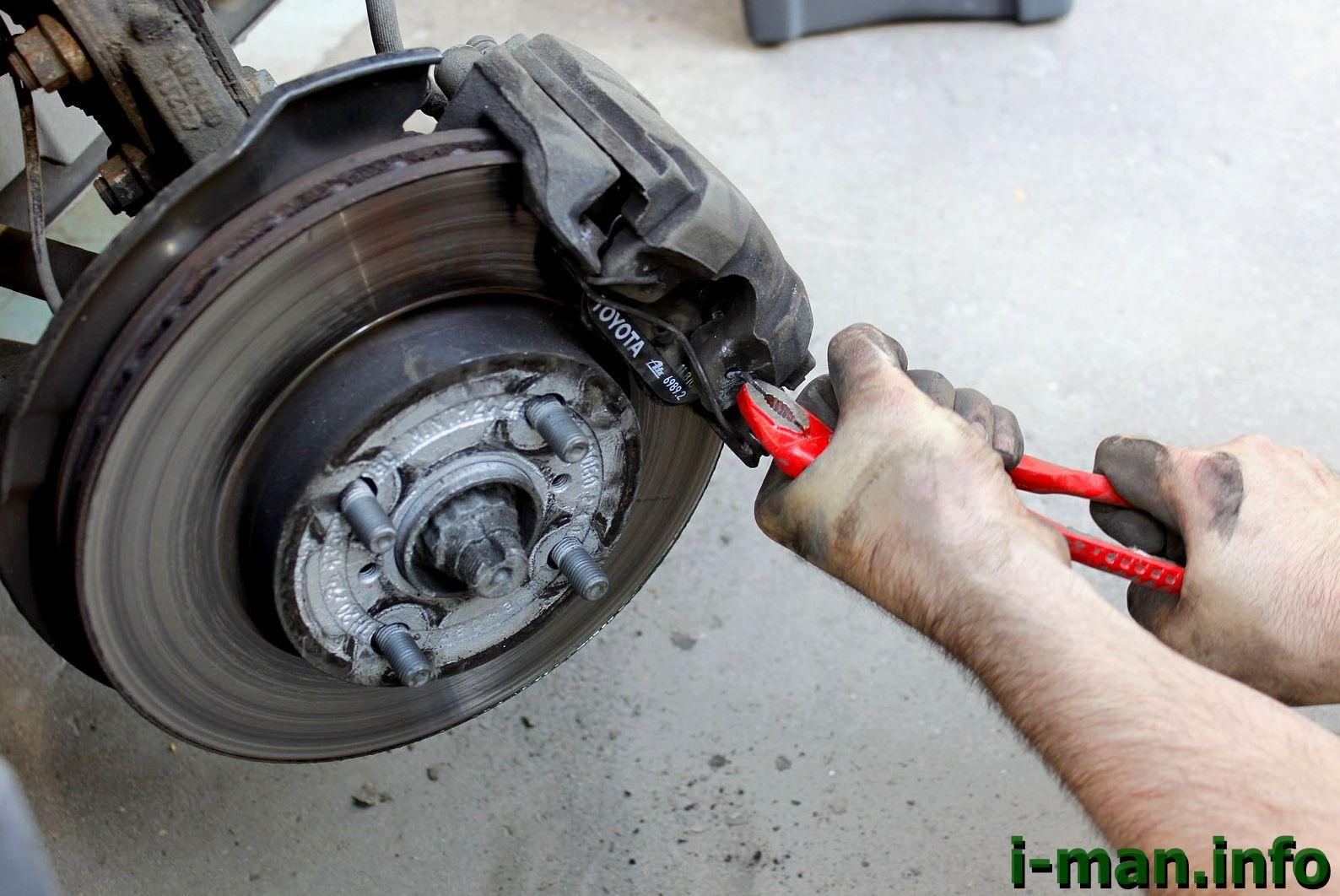 Почему греются колеса на автомобиле